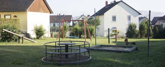 Blick auf den Spielplatz an der Denzenlohestraße