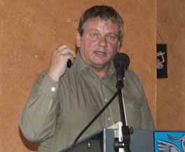 Unternehmensberater Volker Hahn in Altenplos